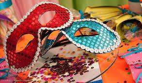 Resultado de imagem para casa decorada carnaval