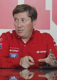 ... más cerca que nunca esta temporada del líder, el alemán Jochen Hahn, ... - 1317388997_extras_mosaico_noticia_1_g_0
