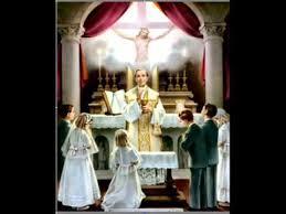 Los sacramentos pertenecen a la Iglesia