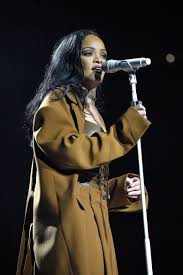 sultry sexy rihanna delivers pop perfection at the key the sultry sexy rihanna delivers pop perfection at the key the seattle times