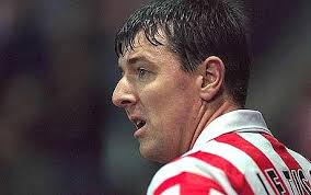 Matt Le Tissier group in race to take over Southampton. Former glory: Matt le Tissier, pictured in 1997, is leading a consortium to take over the reins at ... - matt-le-tissier_1413161c