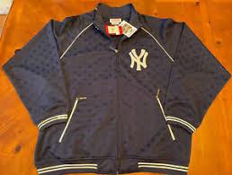 Мужские <b>куртки New York</b> Yankees MLB - огромный выбор по ...