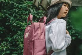 25+ cool <b>backpacks</b> for <b>teenagers</b> in 2019 | Back to <b>School</b> Guide