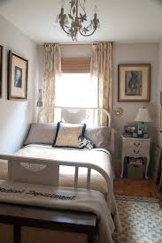 bed with custom hamper bench shabby chic style bedroom idea in new york with gray walls room decor chic design dorm room ideas