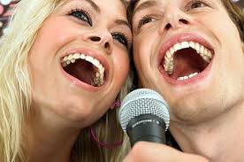 Risultati immagini per cantare insieme