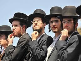 Risultati immagini per ebrei ultraortodossi