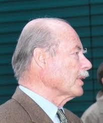 Graf Franz Josef Waldburg-Zeil ist sicherlich eine der bekanntesten Persönlichkeiten in Hohenems. Er gilt als klug, besonnen und im Umgang mit Menschen als ... - Graf-Franz-Josef-Waldburg-Zeil1