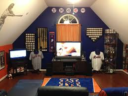 ideas york bedroom pinterest  images about mets room on pinterest game of hot dogs and baseball bat