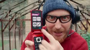 Обзор <b>телефона</b>-раскладушки <b>Olmio F18</b> - YouTube