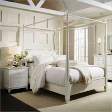 Off White Bedroom Furniture Cream And White Bedroom