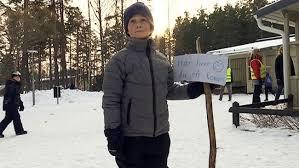 8-årige Eriks kompisskylt gör succé på <b>nätet</b> | SVT Nyheter