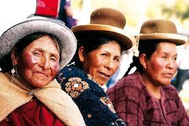 Bildergebnis für mujeres peruanas pobres campesinas