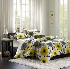 yellow and gray bedroom: affordable yellow and white bedroom design with yellow and gray