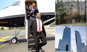 Rev Creflo Dollar is mega rich Christian preacher who faced JAIL ...