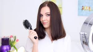 Как сделать ПРИКОРНЕВОЙ ОБЪЕМ? Укладка Волос - YouTube