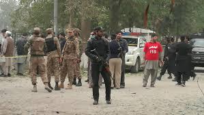 باكستان - هجوم انتحاري على مزار صوفي ومقتل مئة متشدد