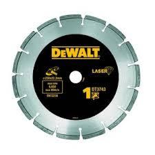 <b>Алмазный круг сегментный универсальный</b> DEWALT DT3743 ...