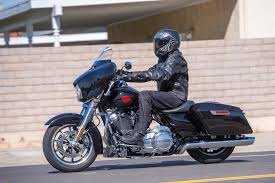 2020 Harley-Davidson <b>Electra Glide</b> Standard Review: Stripped-Down