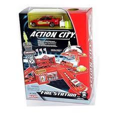 Игровой набор <b>REALTOY</b> 28520 <b>Пожарная станция</b> — купить в ...