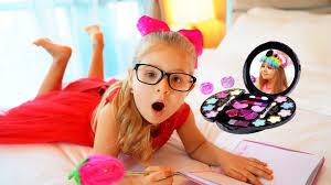 Diana аnd Kids <b>Make Up</b> Toys - YouTube