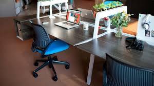 desks plants and search on pinterest bivi modular office furniture