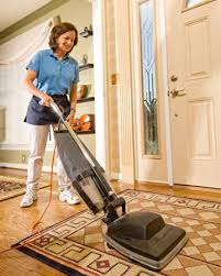newlook com tr nanny  aupair  housekeeper caregiver petcarethe primary responsibility of housekeeping is to clean the homes  businesses  hotels or other facilities where they are employed  this involves sweeping or