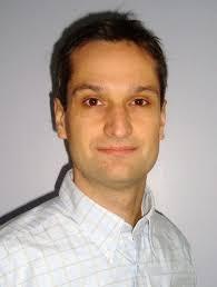 ... de Xavier Perez, responsable Marketing de la filiale française, qui nous livre ses objectifs sur le marché des PC portables pour les six mois à venir. - xavierperez