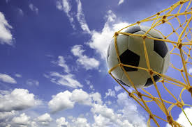 Английский словарь футбольных терминов | FluentU ...