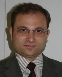 Dr. Bülent Ucar. Am Mittwoch hat der Niedersächsische Minister für Wissenschaft und Kultur Lutz Stratmann den neuen Professor für Islamische ... - drucentbulent