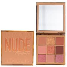 Huda Beauty - Nude Obsessions <b>Eyeshadow Palette</b> Medium, € <b>39</b>,95