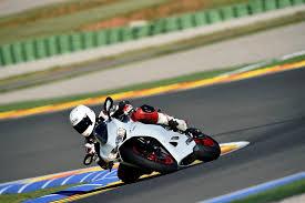 <b>Ducati 959</b> vs. <b>899 Panigale</b> – what's changed?   Visordown