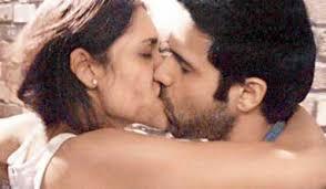 kissing_emraan_hashmi