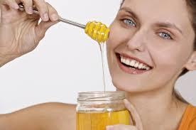 العسل بالماء الدافىء فوائد
