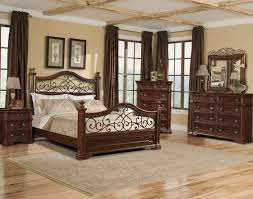 Mirrors For Walls In Bedrooms Ideas For Home Decorating With Mirrors Decorative Bedroom Wall