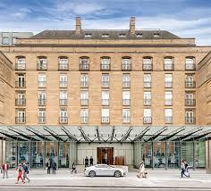 The <b>Berkeley</b> Hotel, London: <b>5</b>-Star Luxury in Knightsbridge