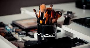 Правильные <b>кисти</b> для макияжа: какие они и как их выбрать