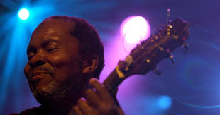 <b>Terry Callier</b>, soulful Chicago singer-songwriter, is dead at 67 - Los ...