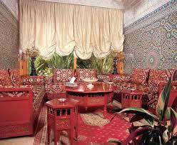 اثاث مغربي تقليدي Images?q=tbn:ANd9GcRrDwUbto0oIrhHt3ToxD1YhmKhbxqo9Q_hf6cEeMD6gRmgTDDu