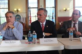 katko pushes legislation to allow practitioners to treat more drug steve webster left parent of an overdose victim and rep john katko center attend a public meeting on heroin addiction in oswego
