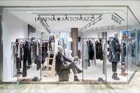 В Москве открылся бутик <b>Lorena Antoniazzi</b> — Российская газета