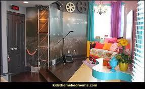music themed bedroom also visit  rockstarcrowdwallmural musicthemebedroomdecoratingideas al