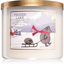 Bath & Body Works Frozen <b>Lake ароматическая свеча</b> | notino.ru