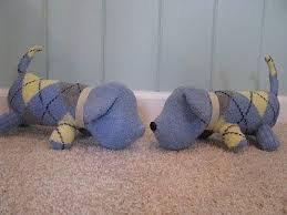 Free Sewing Pattern - <b>Sock</b> Dog Tutorial   Diy <b>socks</b>, <b>Sock</b> animals ...