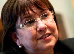 """Rosa Maria Perelló Alcaldesa de Tárrega. Enlaces relacionados. http://www.tarrega.cat. Entrevistas relacionadas. """"Hem de potenciar allò que ens fa especials ... - iuvn5xv2d9"""