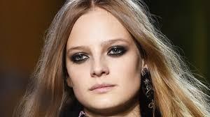 7 <b>Makeup</b> Tips to Get the Perfect <b>Smoky</b> Eye From <b>Pro Makeup</b> ...