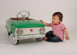 10 Best <b>Electric</b> Cars for <b>Kids</b> to Ride in 2019 - Borncute.com