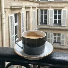 Imagem de coffee, drink, and city | Coffee time, Coffee cafe, Coffee ...