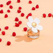 <b>Daisy Love</b> - <b>Marc Jacobs</b> Fragrances