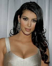 Kim Kardashian side part hairstyle