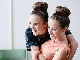 get <b>fancy</b>: <b>super</b>-simple hair bun • fashion • frankie magazine ...
